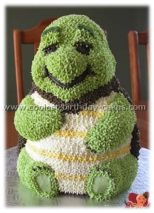 OMG! - TOO CUUUUTE!  Turtle Birthday Cake (Front View)       Obviously this is using the Wilton 3D bear pan.  LOVE IT!