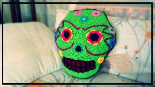 Cojín Catrina #crochet #skull #calaveramexicana #ganchillo