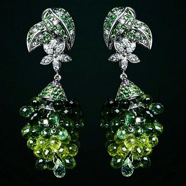 @JefersonJewellery #sirga #brilliant #earrings #qizil #kolleksiya #MerkeziUnivermag #aztagram