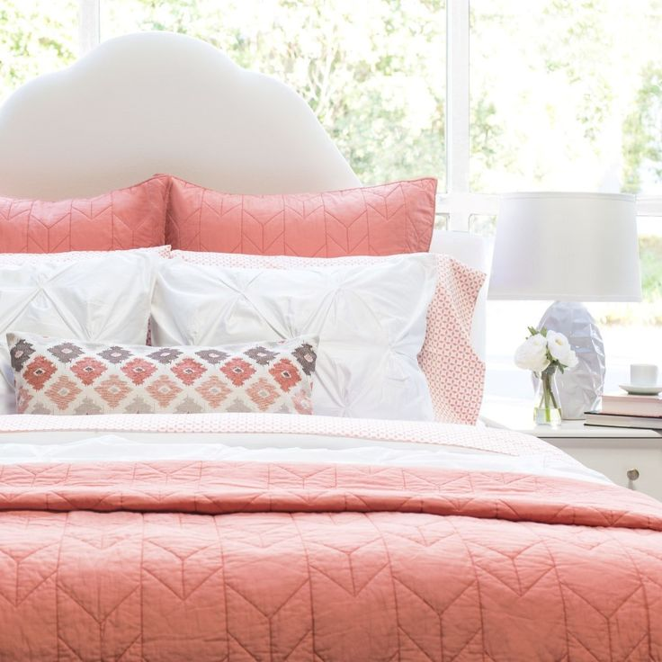 Coral/Peach & grey chevron bedroom in 2019   Coral bedroom ...