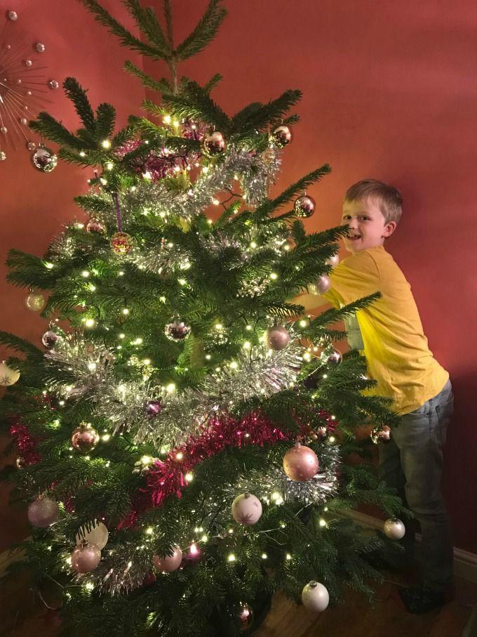 Decorating the Perfect Christmas Tree wow Christmas, Christmas