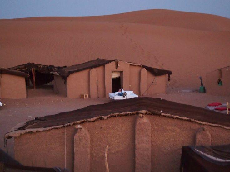 Good Morning World. Now, i'm born. Sahara Desert. Algery Edge.