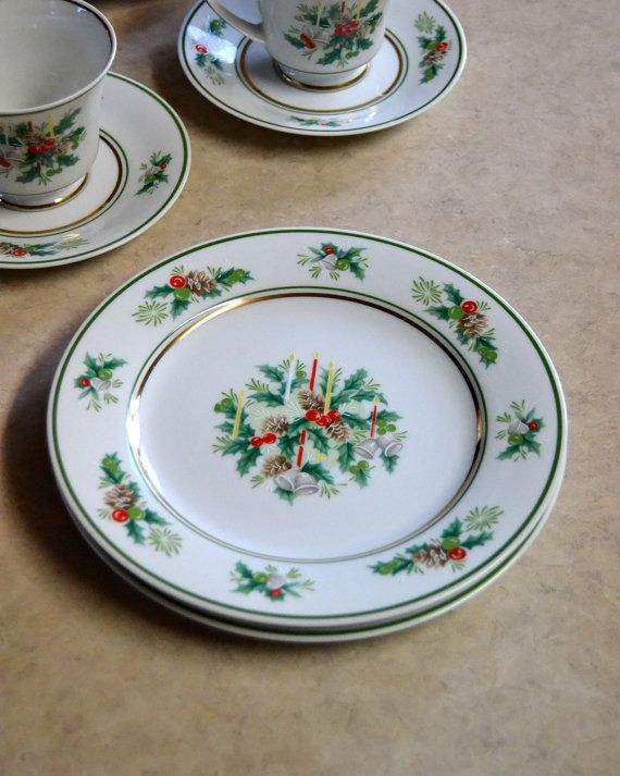 Noritake Holly SALAD PLATE, Holiday Christmas Dishes, vintage retro special occasion dinnerware