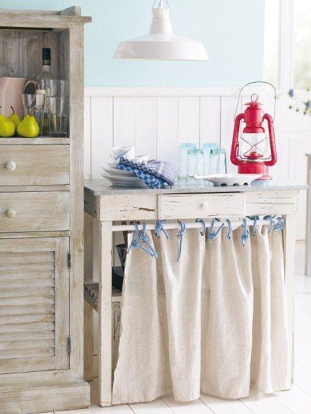 laundry: Cottages Kitchens, Beachi Kitchens, Beaches House, Bathroom Curtains, Coastal Style, Seaside Kitchens, Curtains Ideas, Beaches Kitchens, Decor Blog