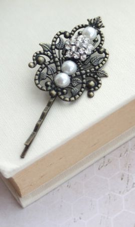 Rhinestone and Pearls Filigree Feather Hair Clip