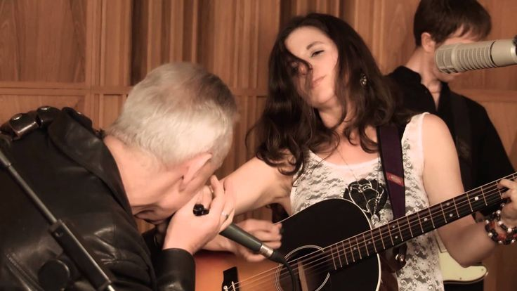 Don Baker and Clara Rose perform at The High Tide Club, Sarah Walker Gallery, Castletownbere, tonight Sat 14th March @ 9pm.  Tickets €15.  Tel: 086 1930552 or 027 70387