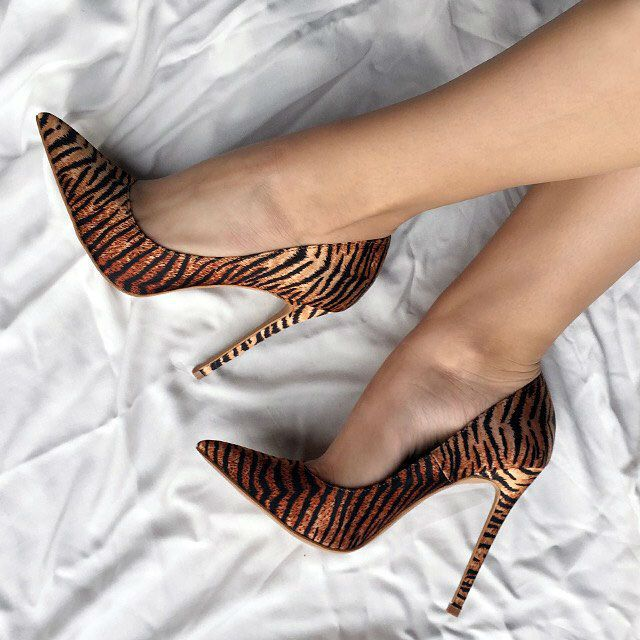 EDITOR'S NOTE Print It Out Pointy Heels. When in doubt, print it out! Amazing tiger print classy pointed heelsat an excellent discount price. Top deal. *Use discount code found in supplier's homepage…