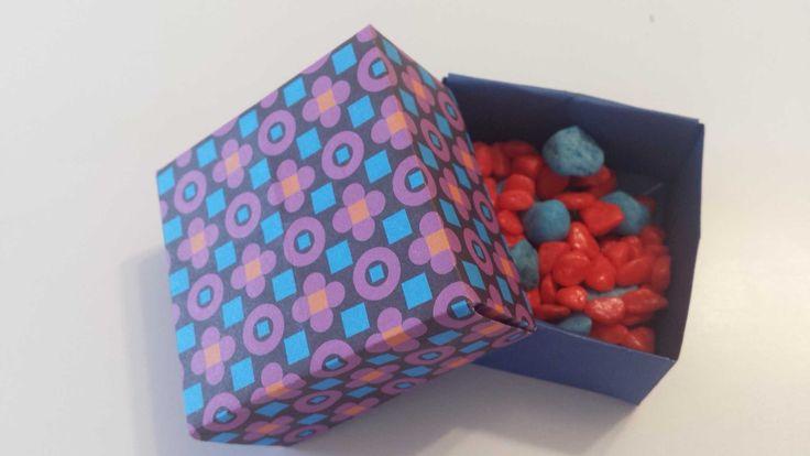 gift box-  http://www.pukini.ro/cutiute-de-cadou/
