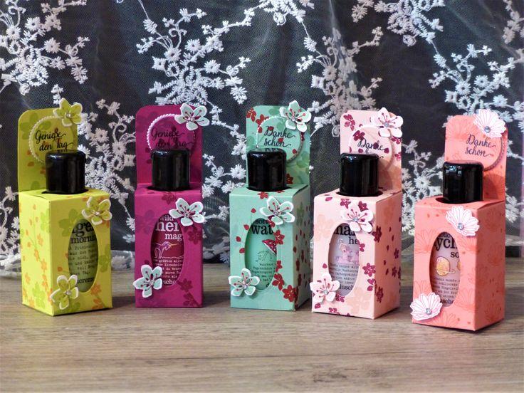 kleine Verpackung für Duschgel, mit Jahr voller Farbe und Gänseblümchengruß, InColor