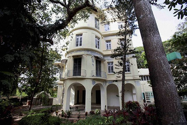 Homi Bhabha's bungalow goes for '372 crore - read full story click here... http://www.thehansindia.com/posts/index/2014-06-19/Homi-Bhabha%E2%80%99s-bungalow-goes-for-%60372-crore-98917