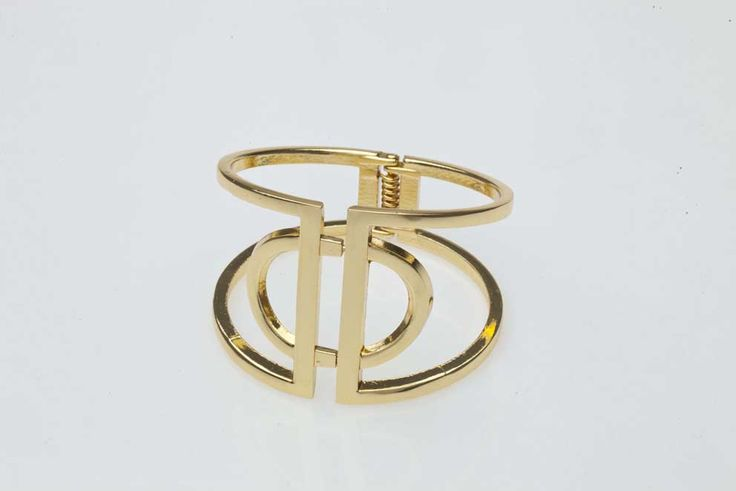Make a statement with this Cut-out Cuff Zuri, R170