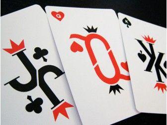Cartes à Jouer Luxe Vanda Crimson Edition chez Baron des échecs
