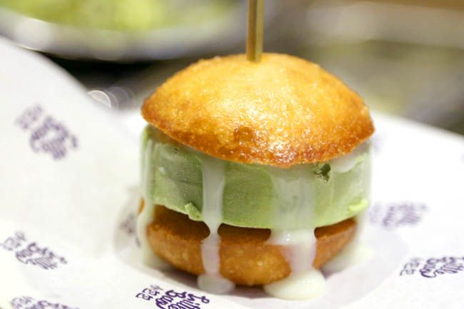 Little Bao - Asian Burgers At Hong Kong Central Is Hip & Cool - DanielFoodDiary.com