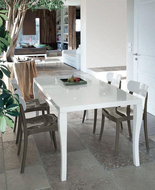 Phil, tavolo in Legno by DOMITALIA.