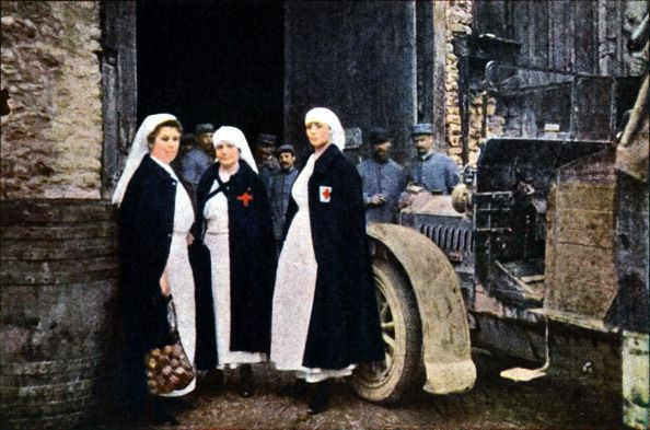 WWI, Sept 1916, Verdun. Red Cross nurses and soldiers. - Getty