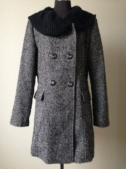 Save 75% Novelti Tweed Coat Sz 12 (also available in size 14 and 16)  Original Retail:  $235 plus tax Our Price:  $65 inclusive