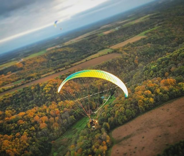 A stunningly unique perspective on fall in southwest Wisconsin from @ethanmartin37 while paramotoring over Boaz, WI.  #TravelWI #discoverwisconsin #conquer_wi #themidwestival #midwestmoment #midwestisbest #fallcolors #neverstopexploring #optoutside #theoutbound #wisconsin
