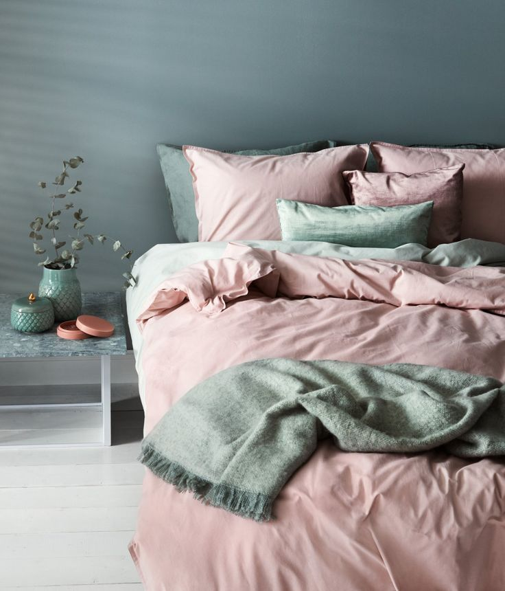 pink + green <3