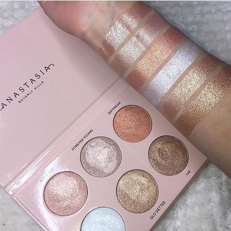 """3,229 Likes, 108 Comments - Sophia (@lipstickjunkieforever) on Instagram: """"Omg look at these swatches of the @anastasiabeverlyhills x /nicoleguerriero/ Glow Kit ($40) that's…"""""""