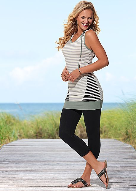 %PC% Striped hooded tunic, basic capri legging from VENUS