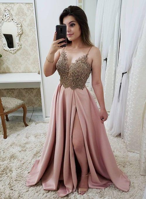 fc7749f99 Vestido rose estilo princesa com fenda 2019: fotos, modelos e tendências