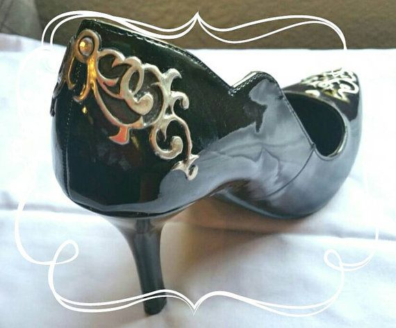Check out this item in my Etsy shop https://www.etsy.com/listing/278328500/pewter-and-gem-stone-decorated-stilettos
