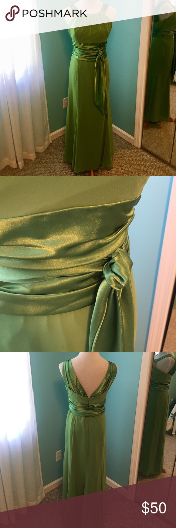 David's Bridal Green Gown David's Bridal Halter Gown. Clover green. Size 14. Attached sash. Approximate measurements: bust (armpit to armpit) 20 inches. Waist 18 inches. Hips 20 inches. Worn once for a wedding. Great for someone who is petite! David's Bridal Dresses Wedding