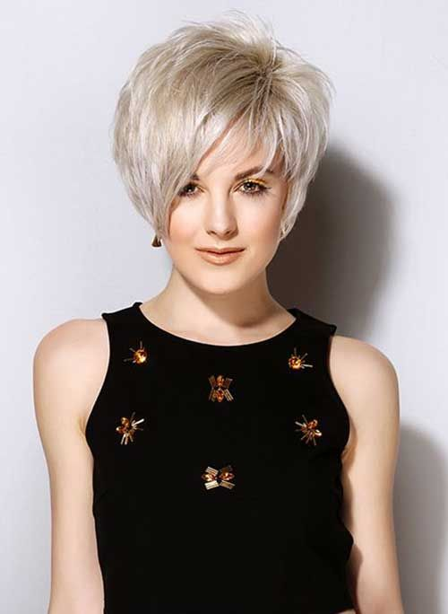 Chic Asymmetrical Short Bob Haircut with Bangs