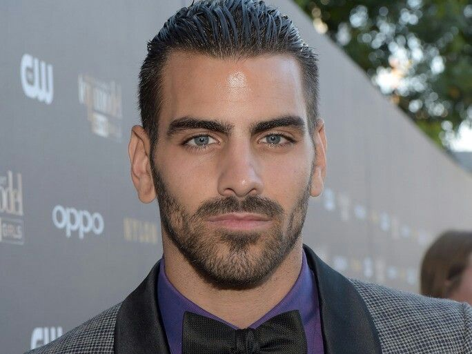 Nyle Dimarco deserves to win DWTS!!! His family must be so proud of him....he's hot too!!