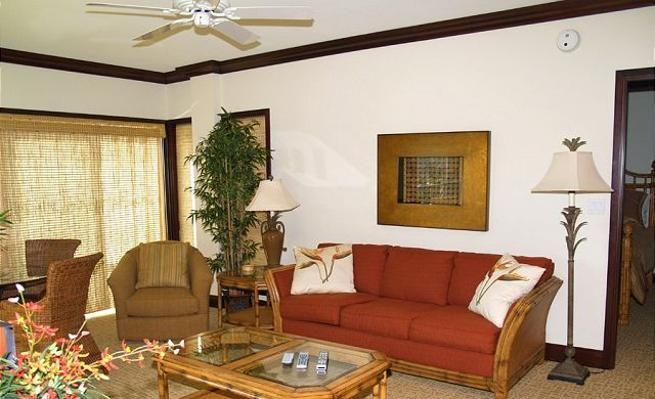 Third-Floor Condo with Satellite TV & Jacuzzi -VaycayHero
