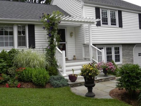 Split Foyer Curb Appeal And Foyers On In Landscaping Ideas For Split Level  Homes U003eu003e Source Landscaping Ideas For Split Level Homes Pertaining To  Motivate F