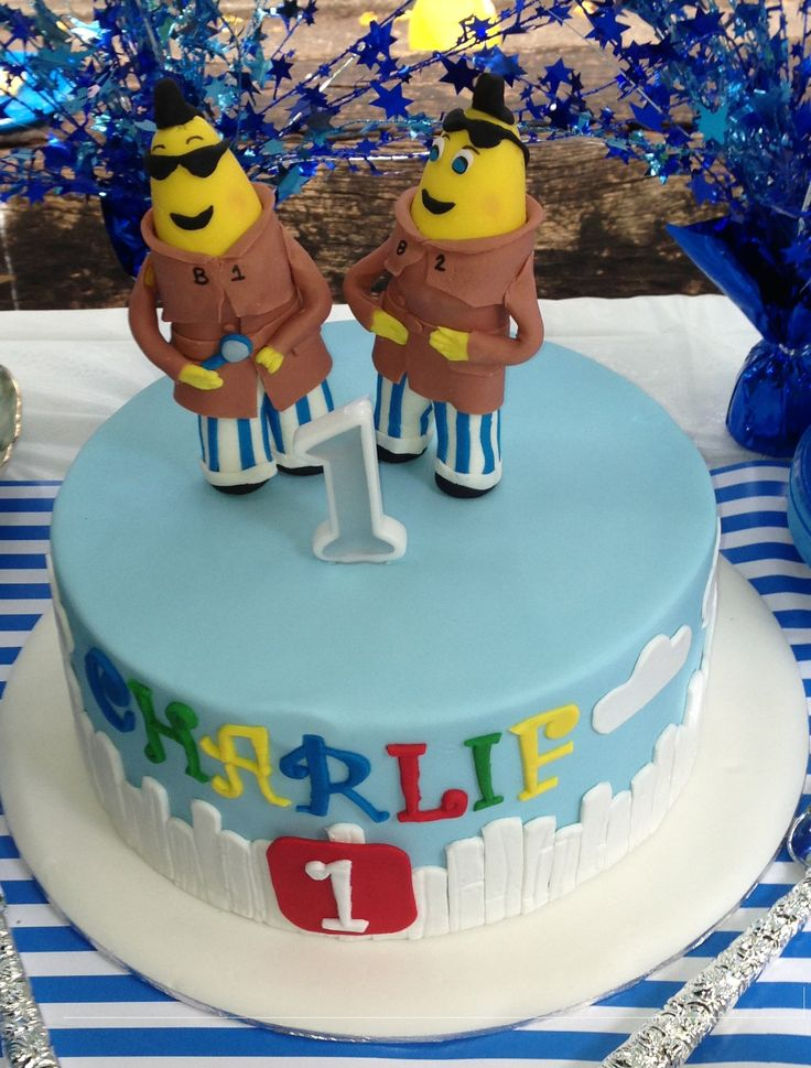 Bananas in Pyjamas cake with B1 & B2 (Banana Detective) figurines on top made completely from fondant.