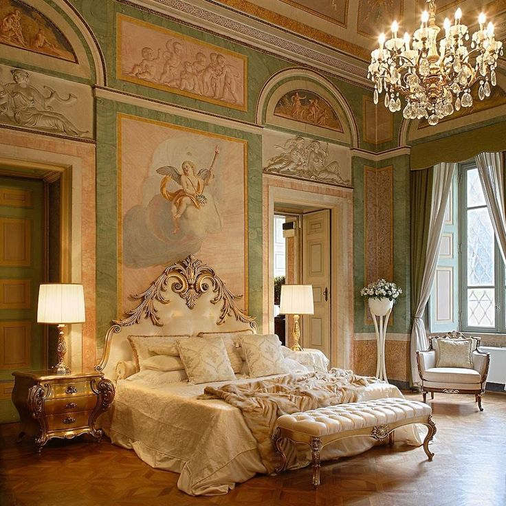 Best 25 victorian bedroom products ideas on pinterest for What is a french bed in a hotel