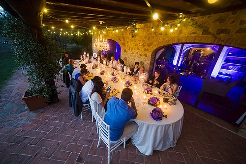 Bulb lamps for wedding in Tuscany