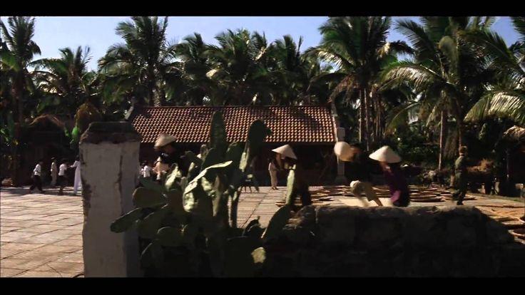Apocalypse Now - Ride of the Valkyries (1080p)