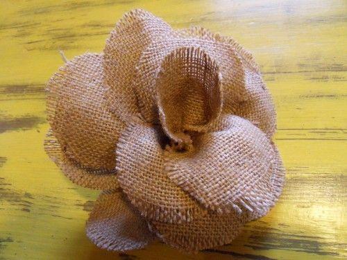 les 25 meilleures id es de la cat gorie faire des fleurs en tissu sur pinterest tissu fleurs. Black Bedroom Furniture Sets. Home Design Ideas