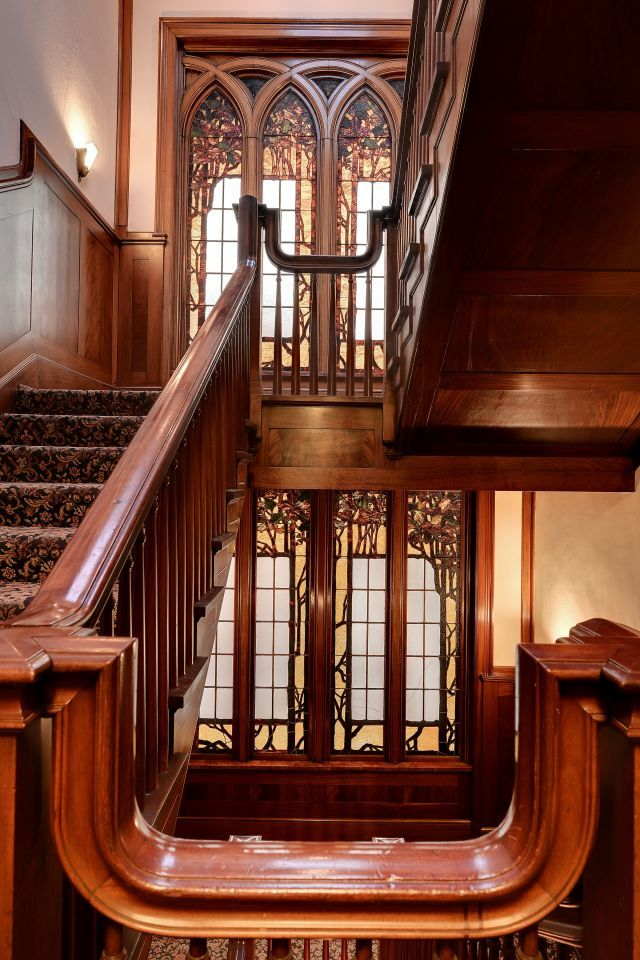 Anson S. Brooks Mansion - Minneapolis, Minnesota: Grand Staircases, Stained Glass Windows, Wood Staircase, Mansions Minneapolis, Stained Glasses Window, Beautiful, 1907 Anson, Staircases Land, Brooks Mansions