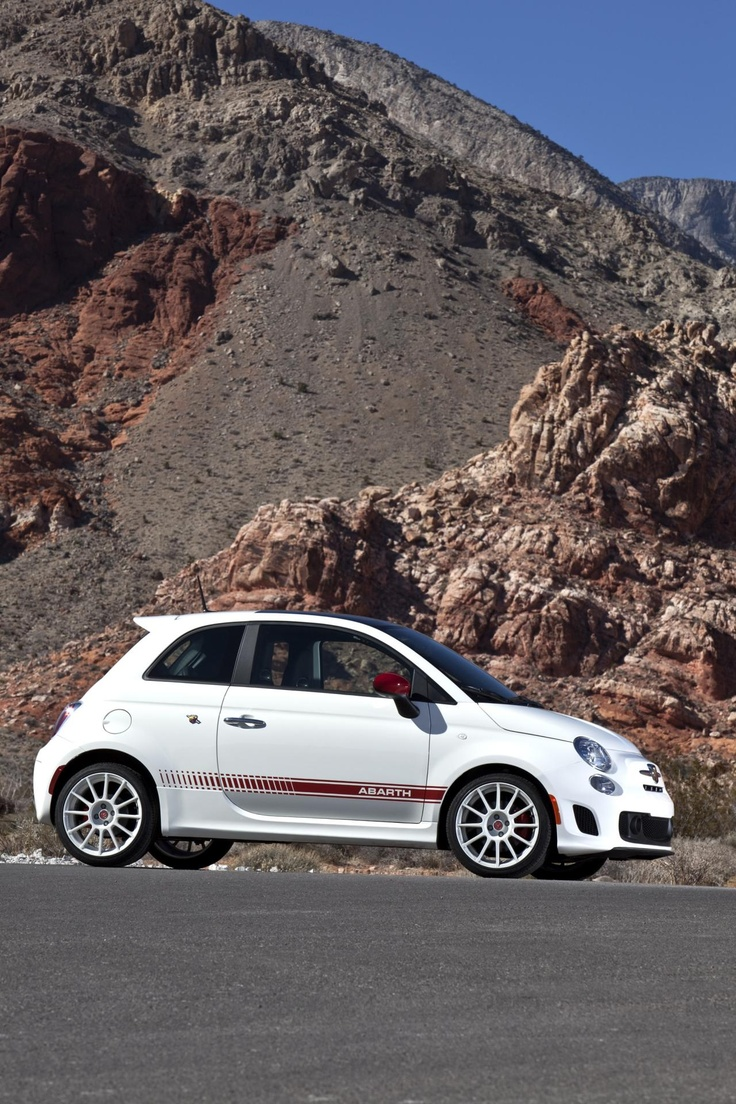2012 Fiat 500 Abarth i want one !! their so adorable !!
