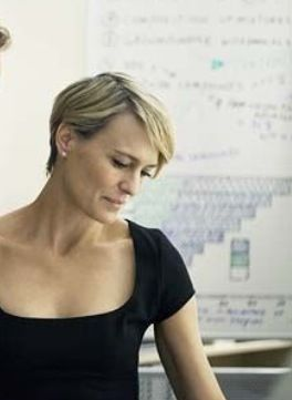 Cannot find an excellent picture, but Robin Wright has amazing cheekbones that can be seen in all of her scenes in House of Cards. That haircut is a style and career game changer! I'm going to be her when I grow up.