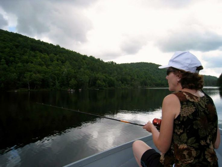 Fishing Mont Tremblant provides a great way to view the magnificent scenery of Mont Tremblant and the Laurentians whilst taking part in fun activity for all the family.  Create memories of a lifetime in our exquisitely decorated, fully equipped resort home. Check Availability Now for Mont Tremblant Holiday Condo http://tremblantholiday.com/airbnb