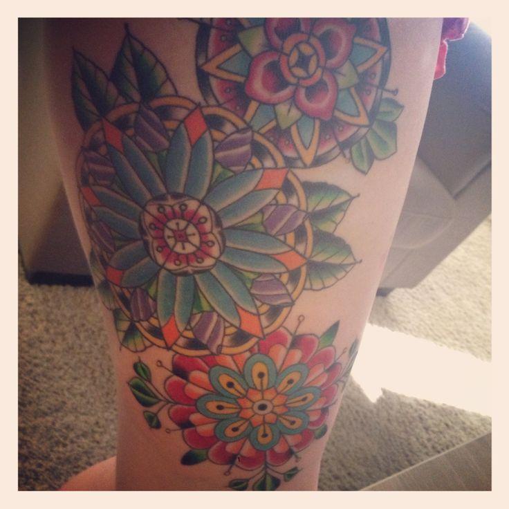 Geometric inner thigh tattoo! Love it :) Done by Kristin Hendrickson. 713 Tattoo