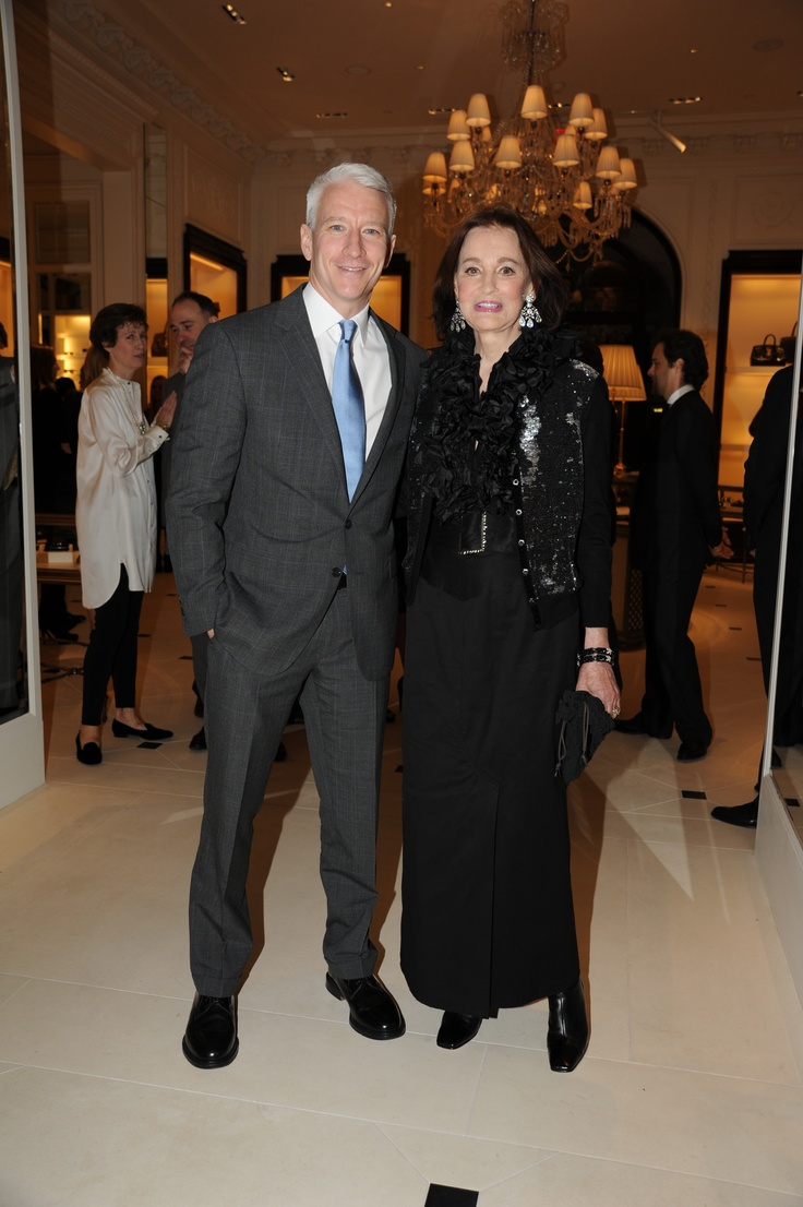 Anderson cooper and his mother gloria vanderbilt