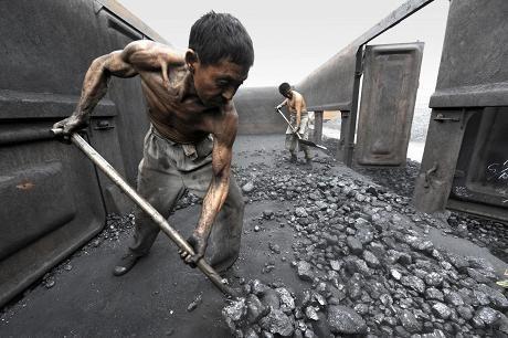 Kiinassa kivihiilen käyttö näyttää vieläkin lisääntyvän. Hiililasti siirtyy Hefeissä.