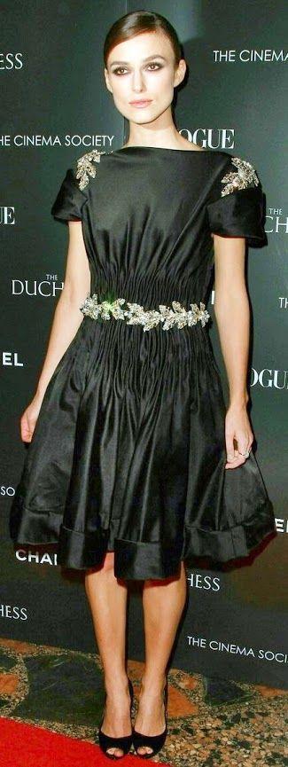 #Modest doesn't mean frumpy. #DressingWithDignity Party Dresses/ Vestido de festa/ Abiti da sera