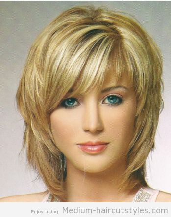 Women_medium_shag_hairstyle_