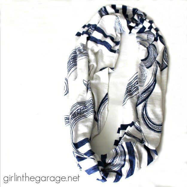 Infinity scarf | 23 DIY Projects For People Who Suck At DIY