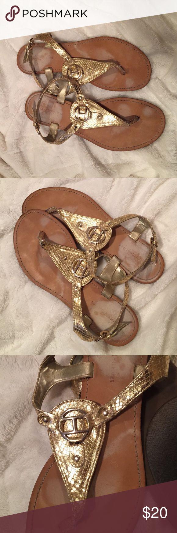 Tommy Hilfiger gold flat sandals Tommy Hilfiger 7.5 gold flat sandals Tommy Hilfiger Shoes Sandals