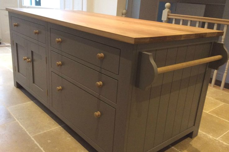 Details of the bespoke Shaker kitchen in a Victorian town house converted from student housing.