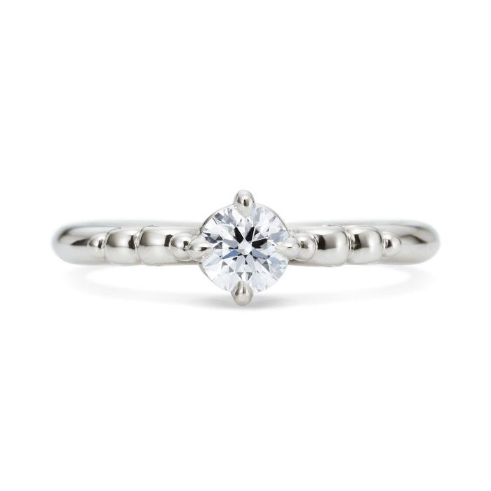 プレーチェ(型番ID:RPS-366)の詳細ページです。結婚指輪・婚約指輪ならケイウノ。ブライダルリング(マリッジリング、エンゲージリング)やネックレス・ブレスレットやディズニー・メモリアル・メンズといった様々なアクセサリー・ジュエリーを取り扱っています。ジュエリーのアレンジ・フルオーダー・リフォーム・修理も、オーダーメイドブランドのケイウノにお任せください。