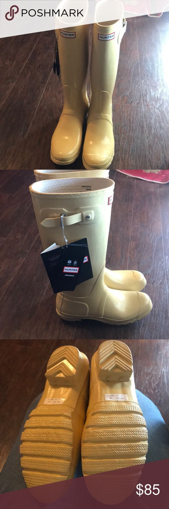 Clearance boots Brand new no box but with tags Hunter Shoes Winter & Rain Boots